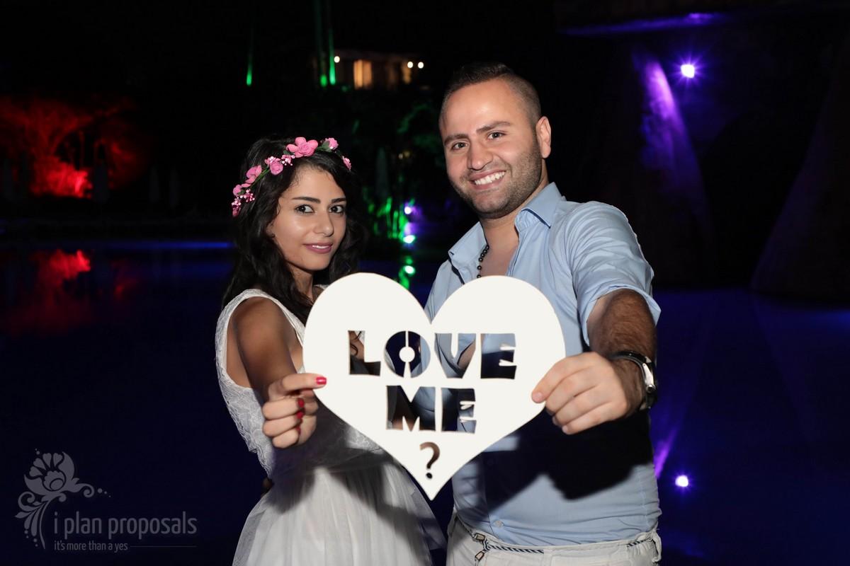 marriage proposal photoshoot